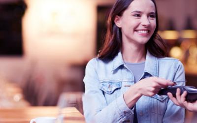 Como melhorar a experiência do cliente usando reviews (avaliações online) do seu cliente