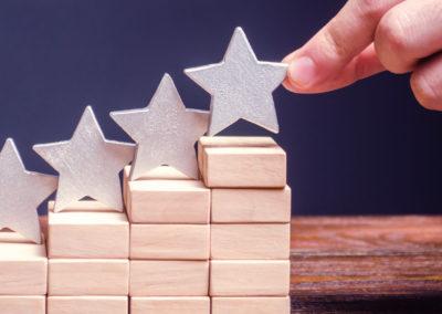Infográfico: Descubra os segredos dos sites de reviews: faça seu negócio subir no ranking